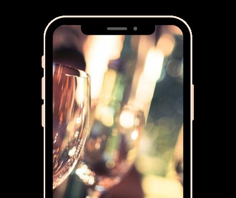 Smartphone Hub Screenshot - Full Screen Photo